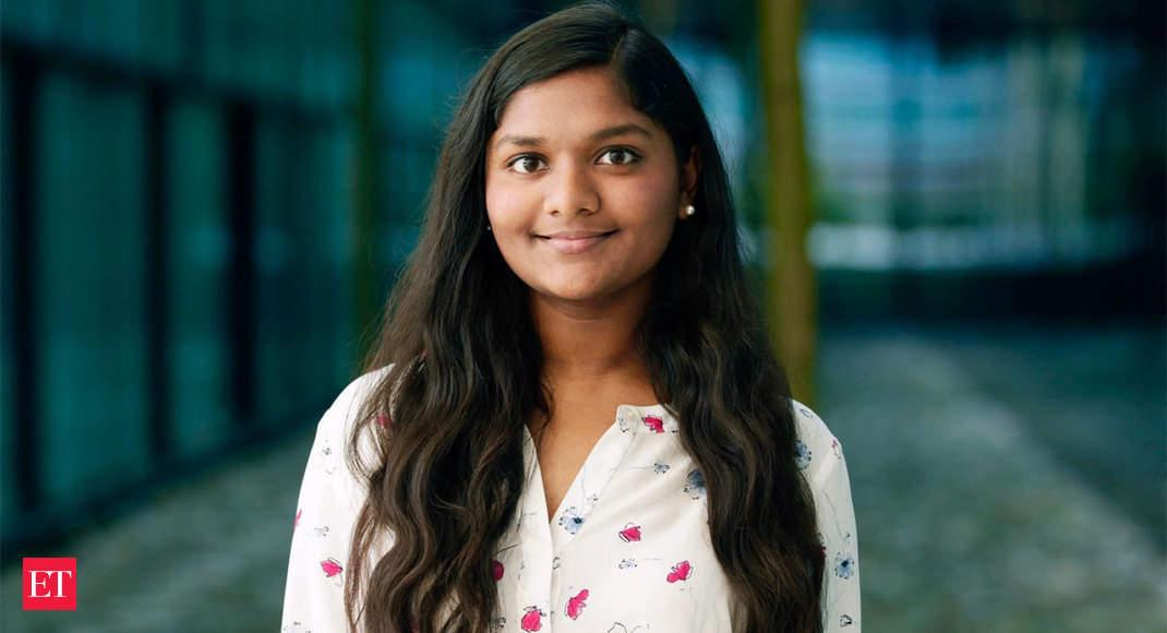 بورس تحصیلی رودز: چهار آمریکایی-هندی آمریکایی از بین 32 دانشجویی که به عنوان بورس تحصیلی رودز از آمریکا انتخاب شده اند