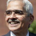 چشم انداز رشد بهتر است اما خطرات همچنان وجود دارد: Shaktikanta Das